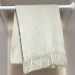 Fringe scarf-never used